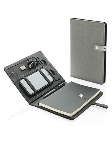 Housse avec bloc-notes, stylo, powerbank et clé USB
